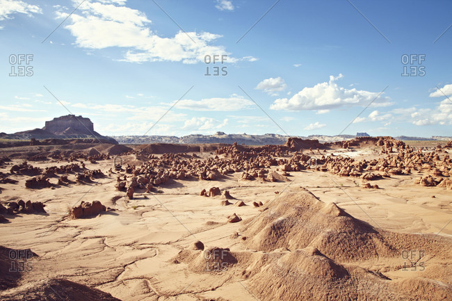 Barren landscape in Utah - Offset