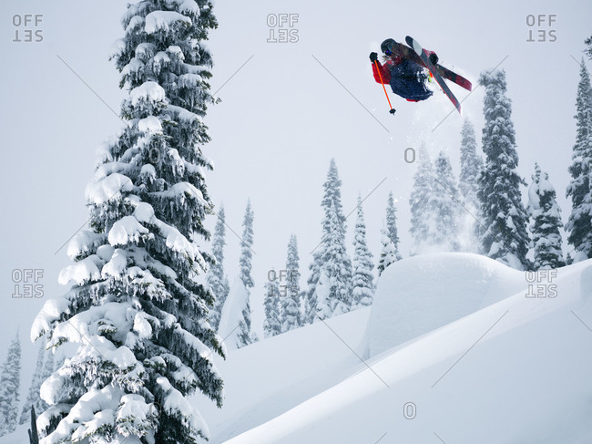 Person doing a ski stunt