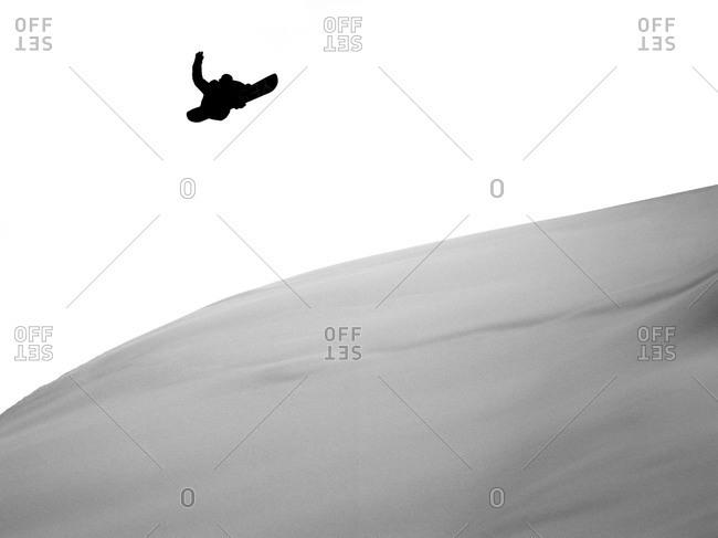 Snowboarding in fresh snow