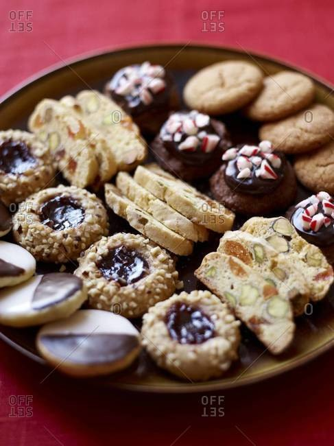 Five types of Christmas cookies