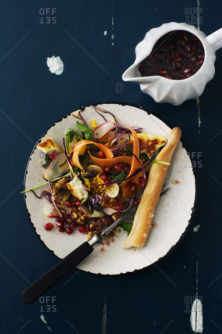 Halloumi cheese with rice and salad
