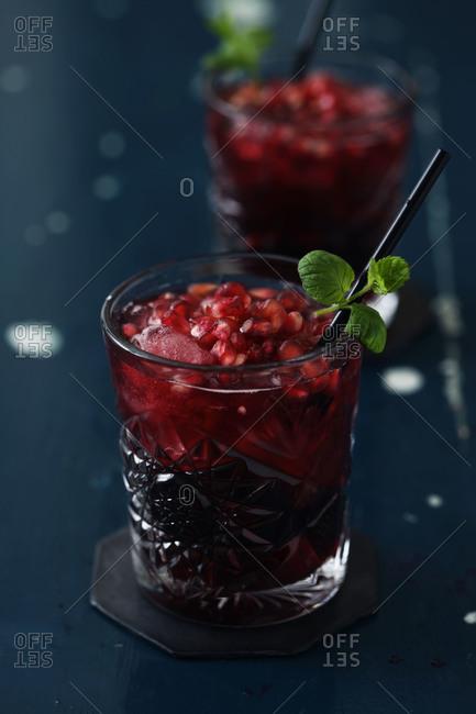 Pomegranate-champagne cocktails