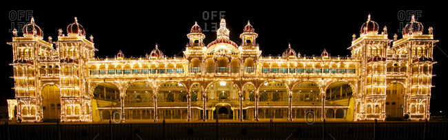 Palace of Mysore at night