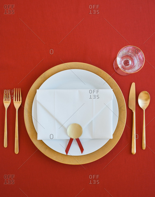 Elegant place setting - Offset Collection