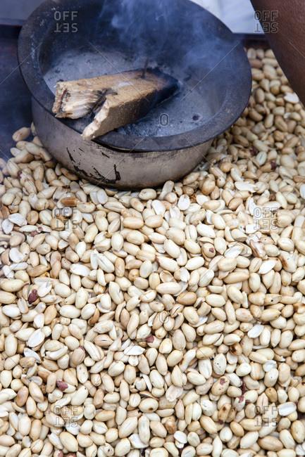 Hot peanuts in Mumbai, Western India