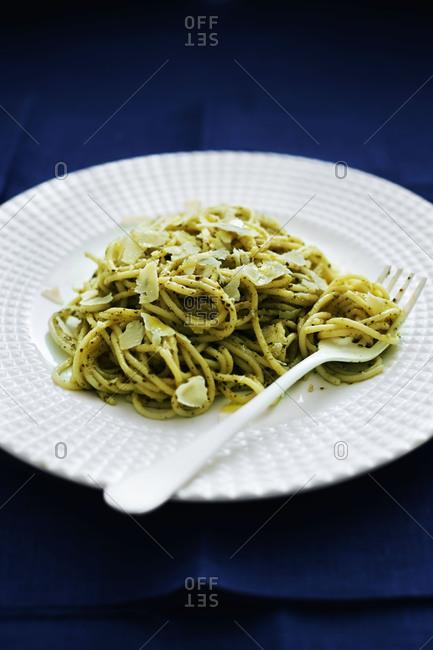 Spaghetti with pesto and parmesan