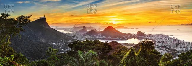 Cityscape with Corcovado Mountain, Sugarloaf Mountain, Lagoa Rodrigo de Freitas and Ipanema Beach, view from Foresta da Tijuca