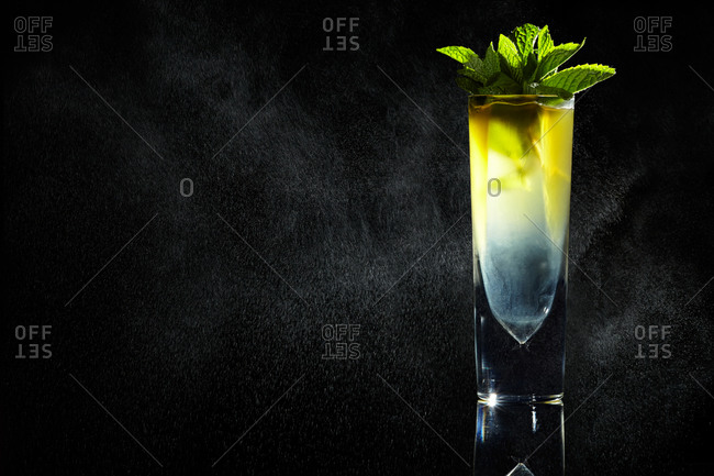 Refreshing cocktail with lime and mint