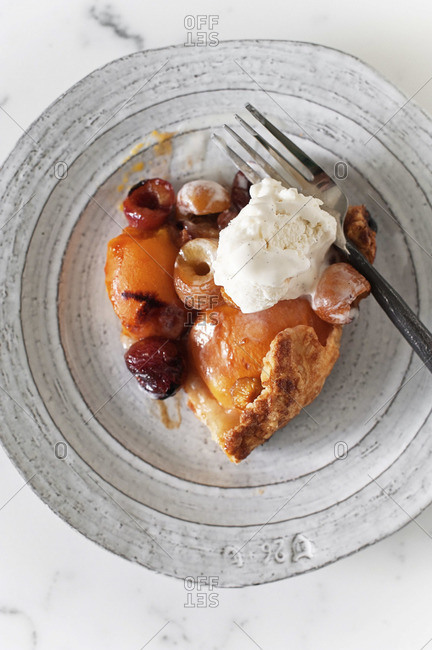 Cherry-plum galette served with ice cream