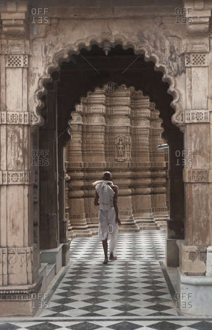 Jain pilgrim at the temples of Shatrunjaya, Gujarat, India