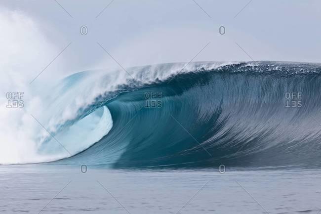 Magnificent wave in Tahiti