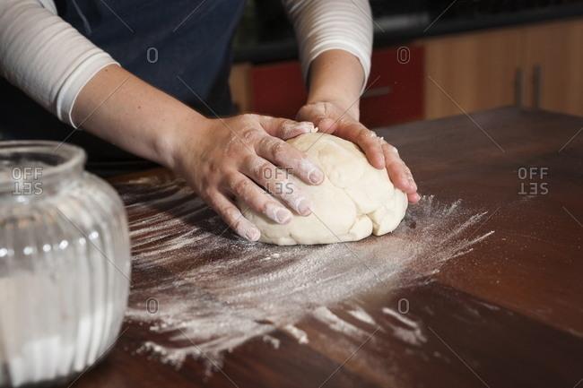 Preparing dough for empanadas