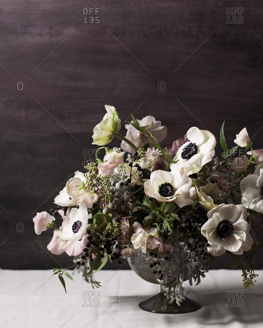 Flower arrangement with anemone flowers