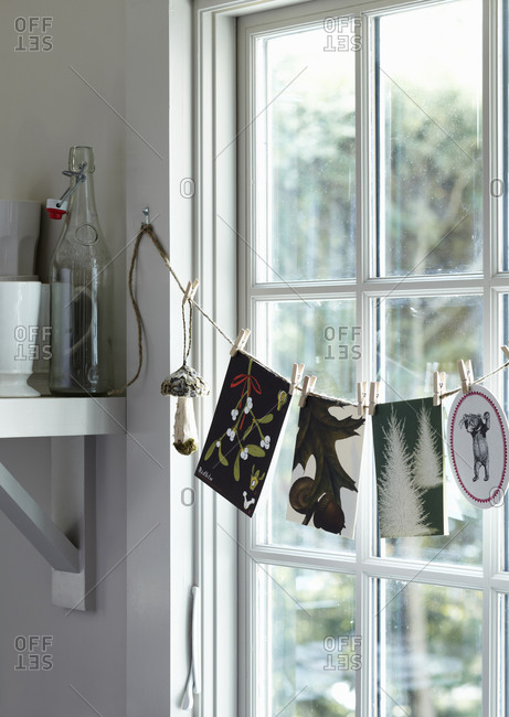 Twine and clothespin garland