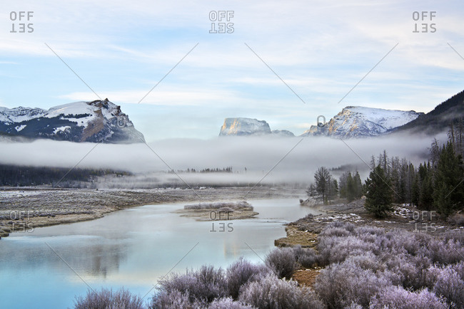 View of Squaretop Mountain and the Wind River with low hanging mist over the valley