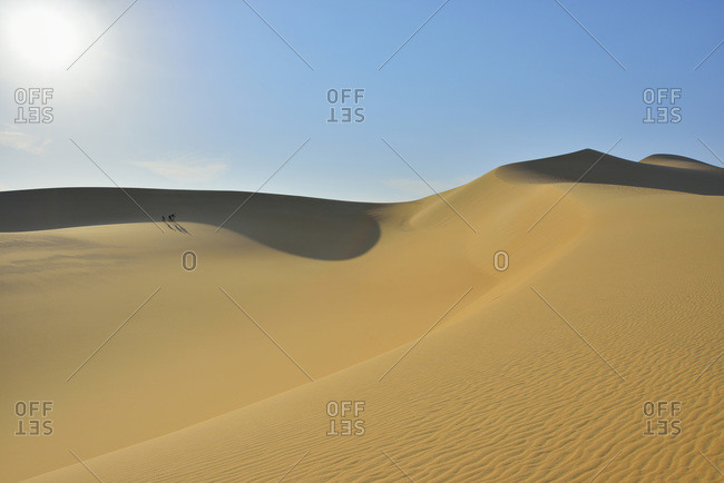 Scenic view of sand dune with sun, Matruh, Great Sand Sea, Libyan Desert, Sahara Desert, Egypt, North Africa, Africa