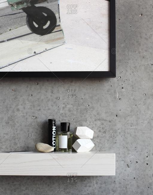 Perfumes on a shelf - Offset