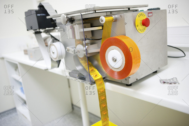 medication packaging machine
