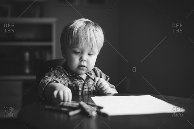 Little boy ready to drawing