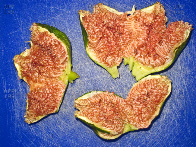 Fresh figs, overhead view