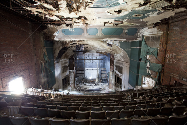 Youngstown, Ohio, USA - September 13, 2012: The Paramount Theater in Youngstown