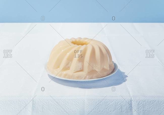 A gelatin bundt cake on a table