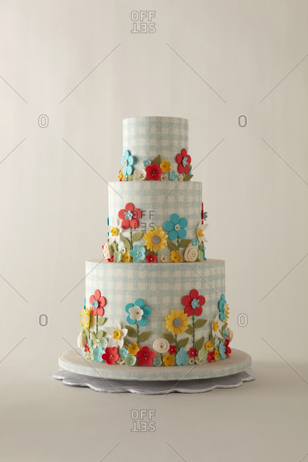 Garden flower themed three-tier cake