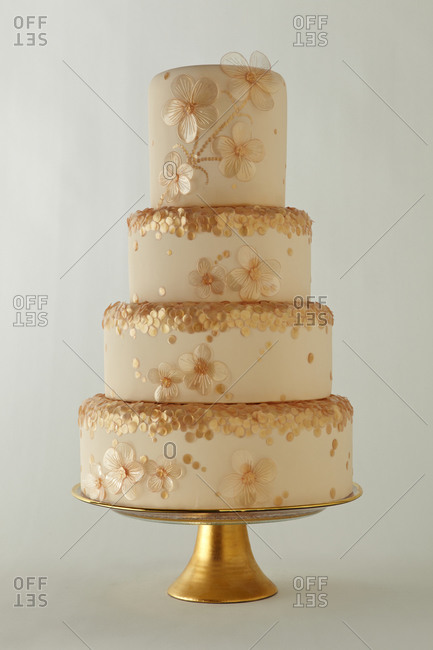 Seven tier wedding cake decorated with flowers