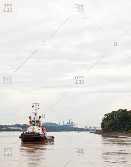 Tugboat in Panama Canal - Offset