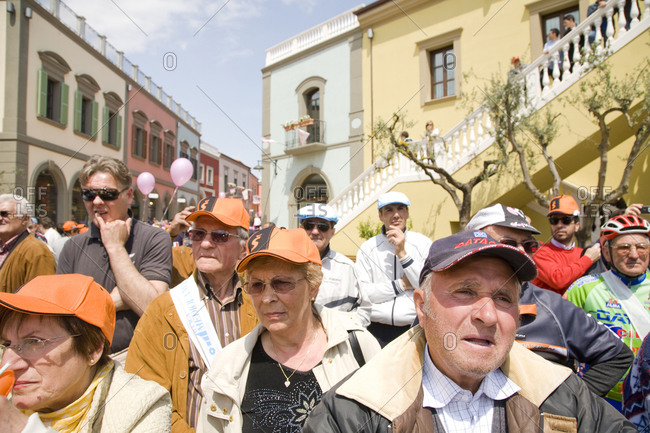 Città Sant'Angelo, Italy - May 20, 2010: Spectators wait in the street for cyclists to pass, Giro d'Italia
