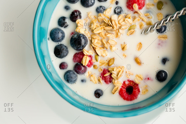 Bowl of rolled oats with fresh berries