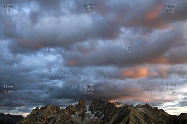 Sunset color and clouds over the Cristallo group