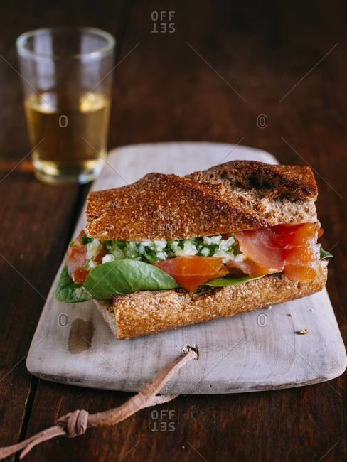Smoked salmon sandwich with ginger relish