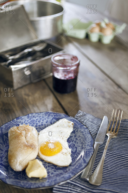 Baguette and eggs for breakfast in Paris