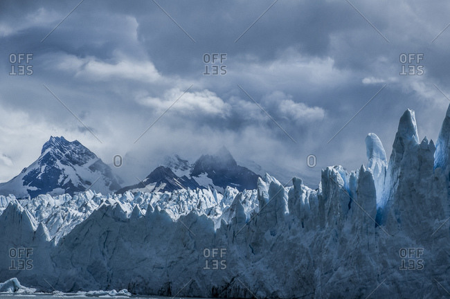 A glacier forms sharp peaks
