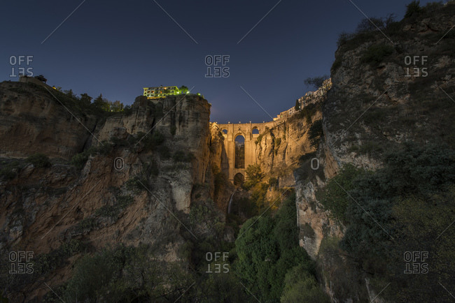 A bridge between two cliffs