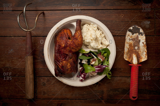 Roast chicken with mashed potatoes and salad
