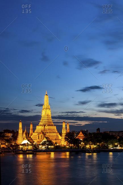 Wat Arun Temple at Sunset, Bangkok, Thailand