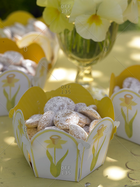 Cookies in decorative boxes