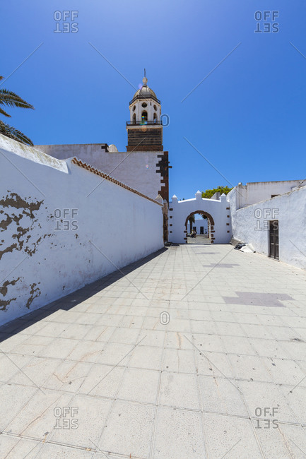 Old town, Iglesia Nuestra Senora de Guadalupe and city gate, Canary Islands