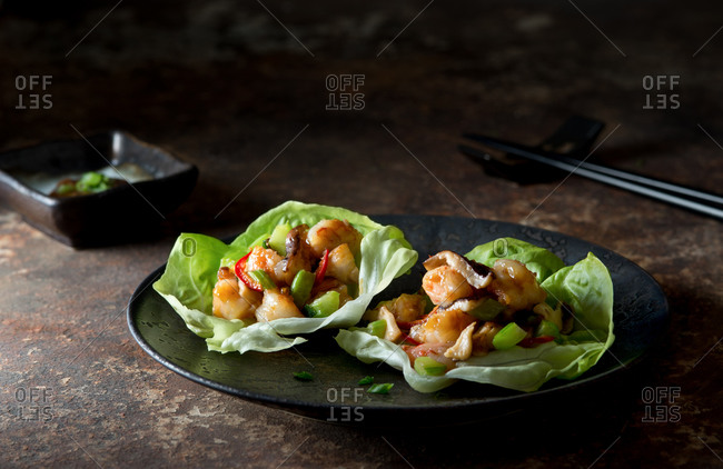 Asian shrimp lettuce cups