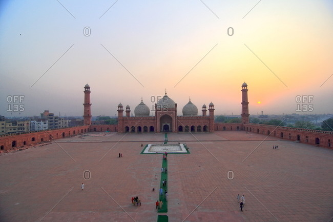 View of Badshahi Masjid at sunset