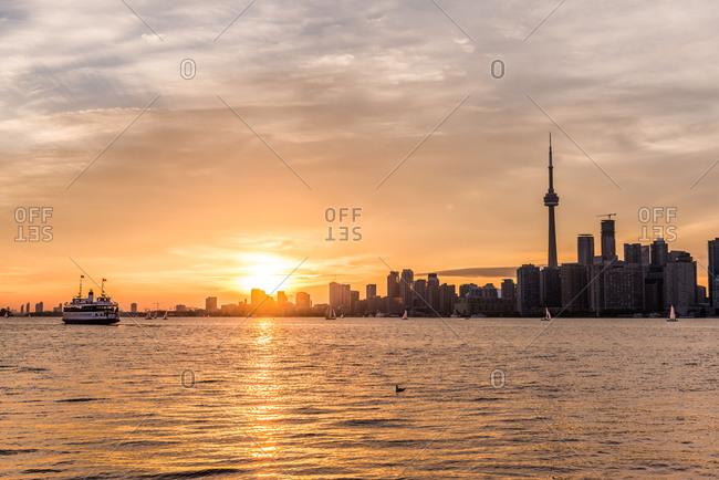 Sunset over the Toronto skyline