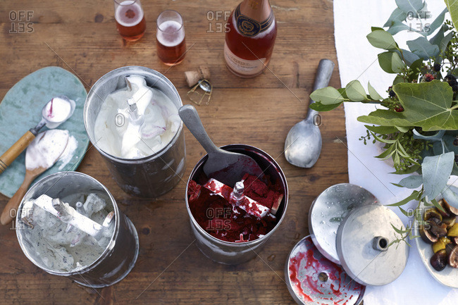 Homemade ice creams with rose champagne