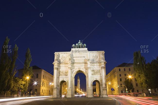 Victory Gate at night in Munich