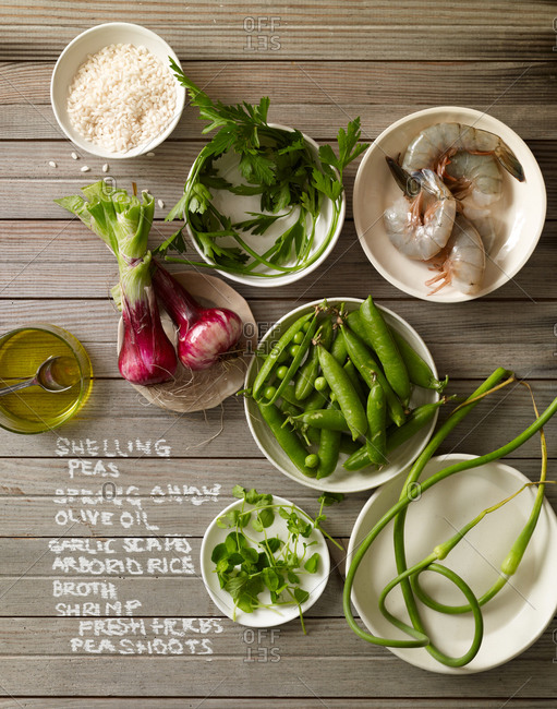 Ingredients for a shrimp rizzotto