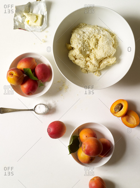 Dough for a pastry with apricots