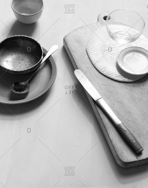Dinnerware in black and white