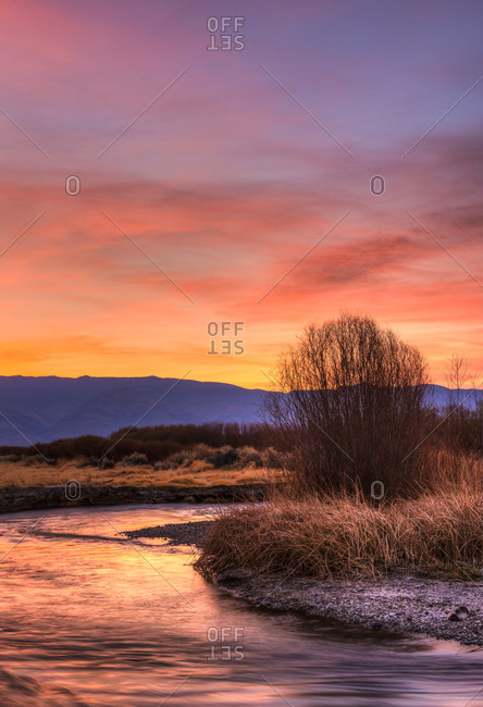 Sunrise over Eastern Sierra and Owens River
