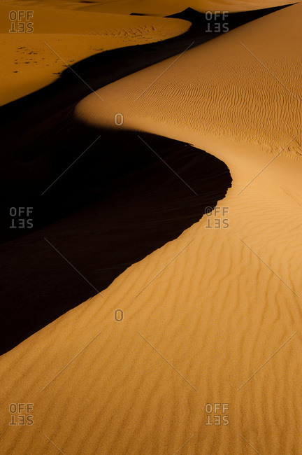 Sand dune with s-curve in Great Sand Dunes National Park, Alamosa, Colorado, USA